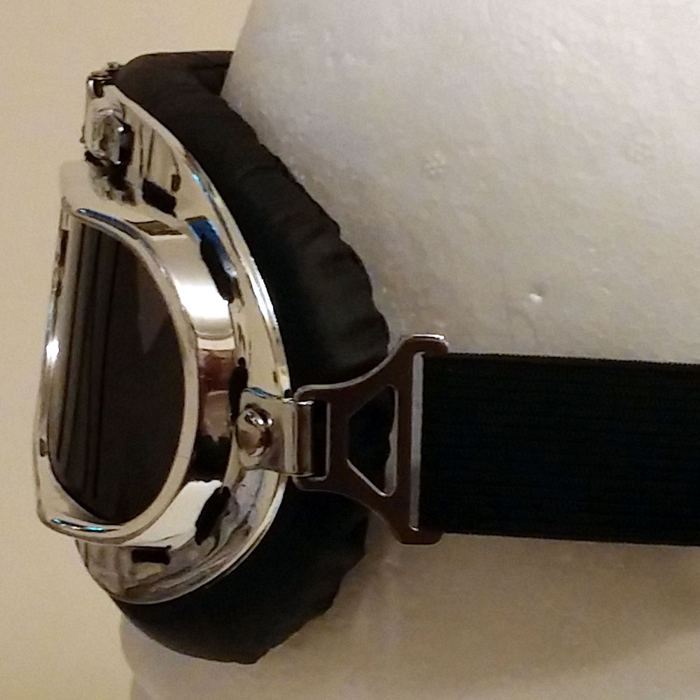 Silver aviator goggles - side