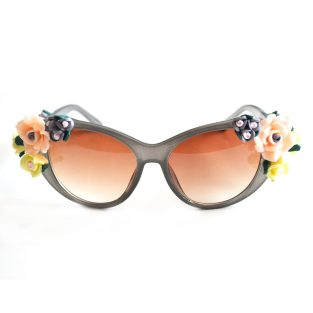flowers-gray-front-1000