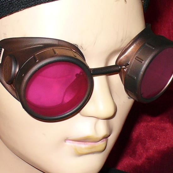 Dark Brown Goggles: Pink Lenses