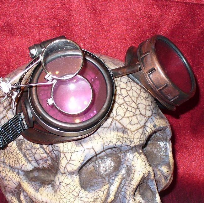 Gold Apocalypse Goggles: Red Lenses w/ Eye Loupe