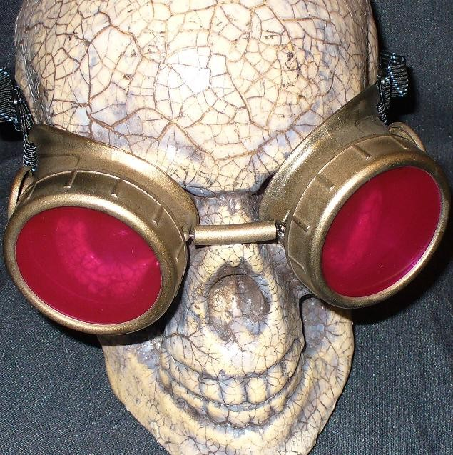 Shine Gold Apocalypse Goggles w/ Red Lenses
