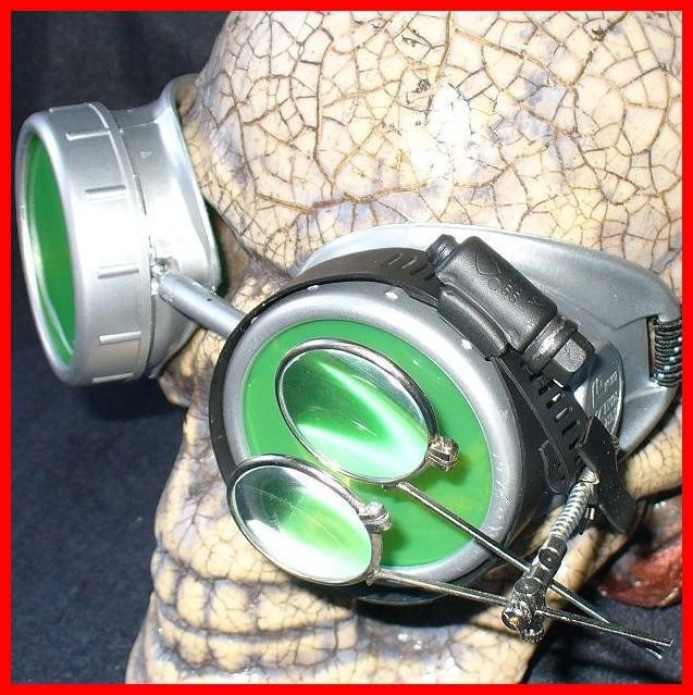 Silver Apocalypse Goggles: Green Lenses w/ Eye Loupe
