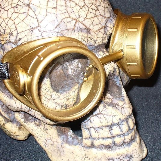 Shiny Gold Apocalypse Goggles: Clear Lenses