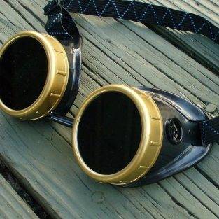 Black & Bronze Goggles: Dark Lenses