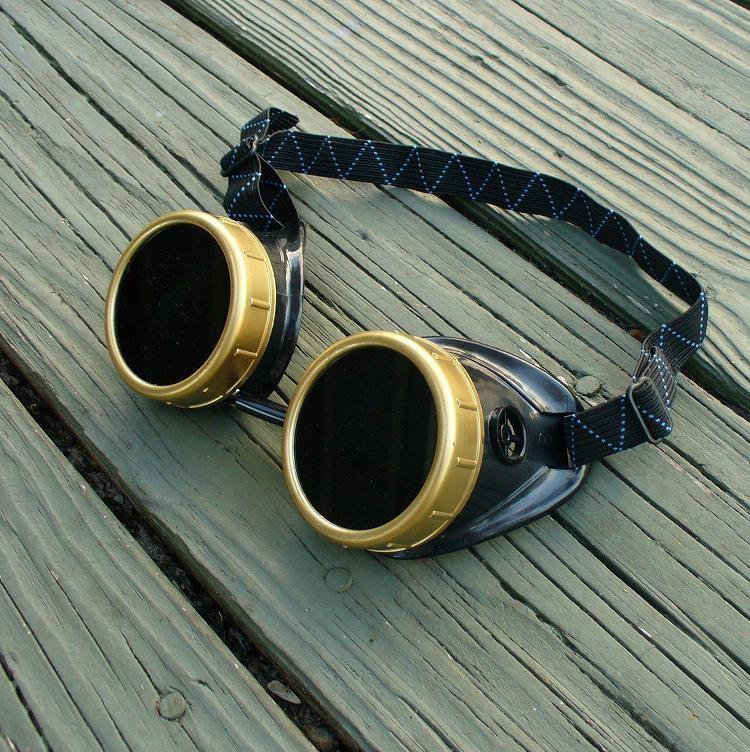 Black & Bronze Goggles: Dark Lenses