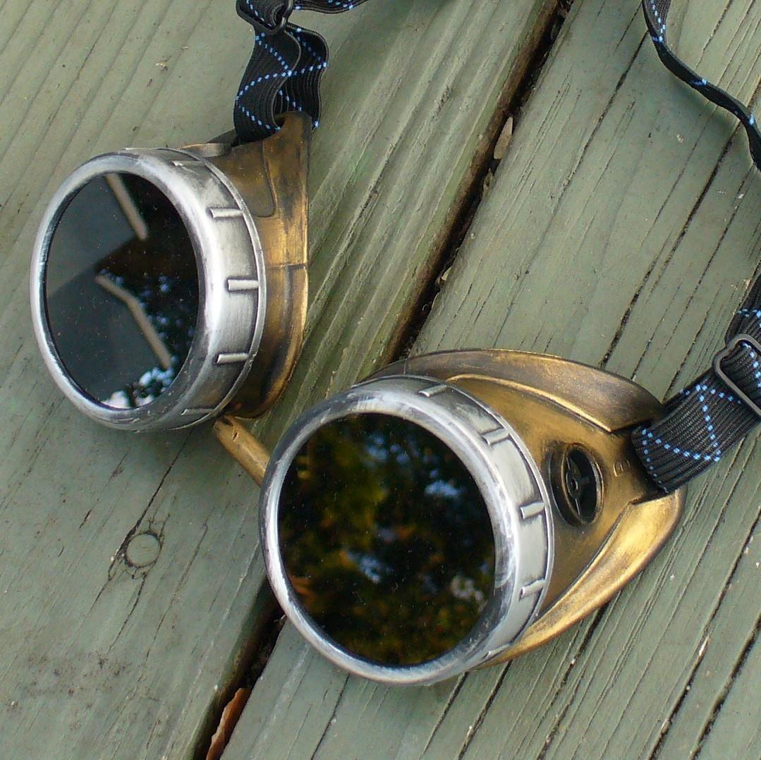 Bronze & Silver Goggles: Dark Lenses