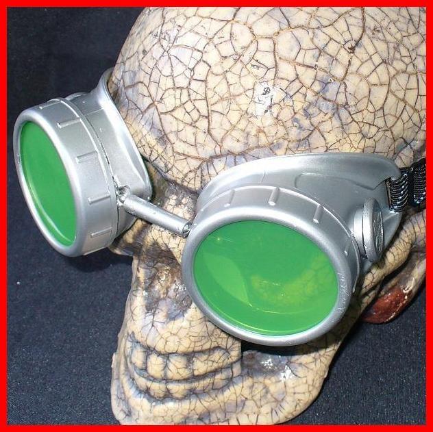 Silver Apocalypse Goggles: Green Lenses