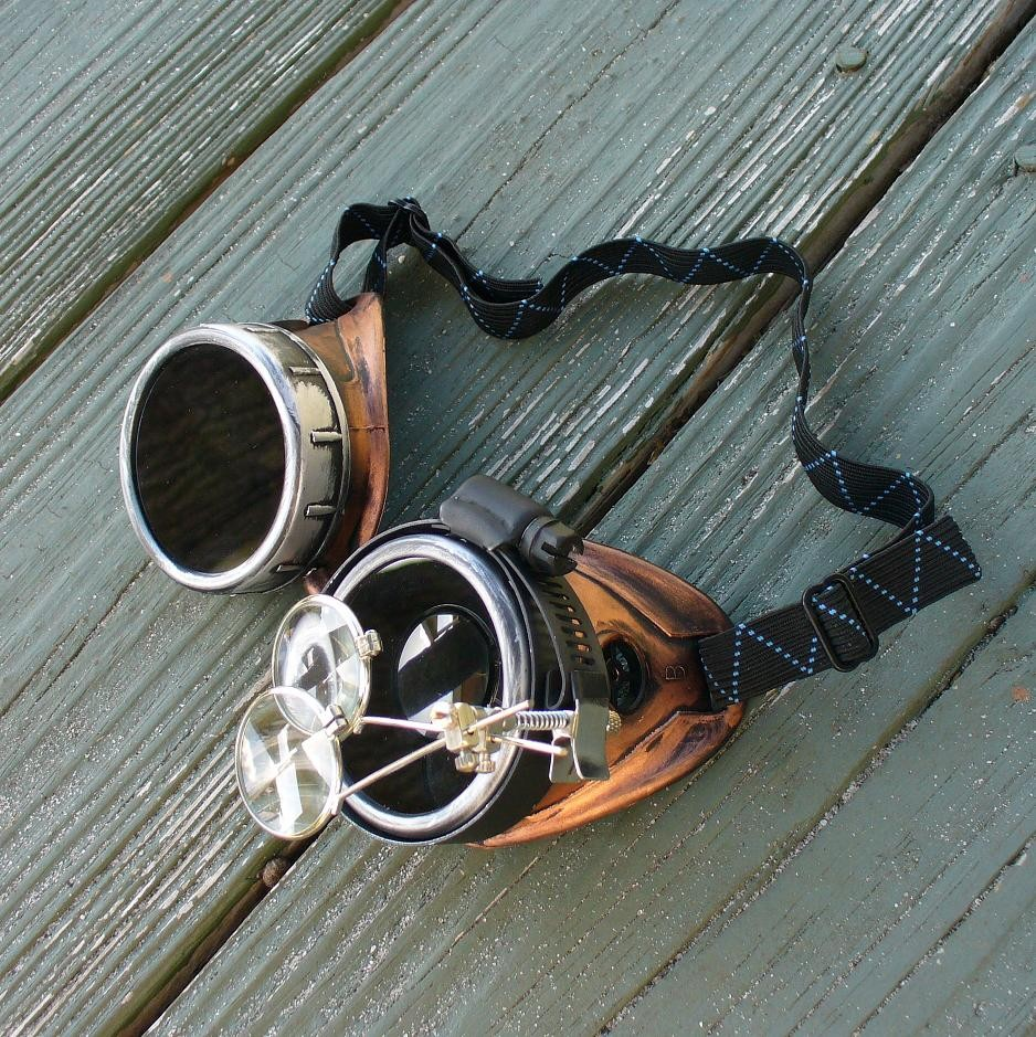 Black & Brass Goggles Dark Lenses w & Eye Loupe