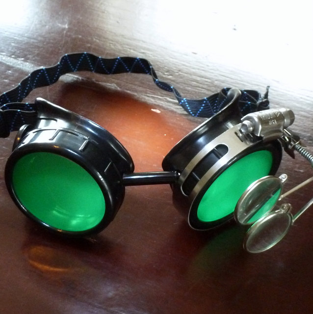 Black Goggles: Green Lenses w/ Side Ornaments & Eye Loupe