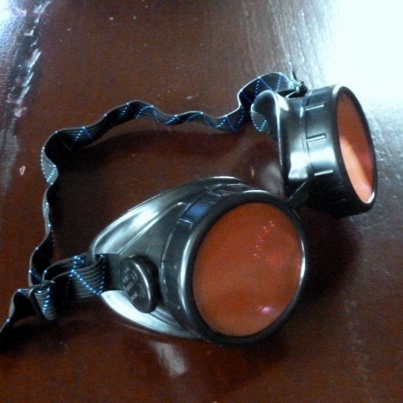Black Toned Goggles: Red Lenses
