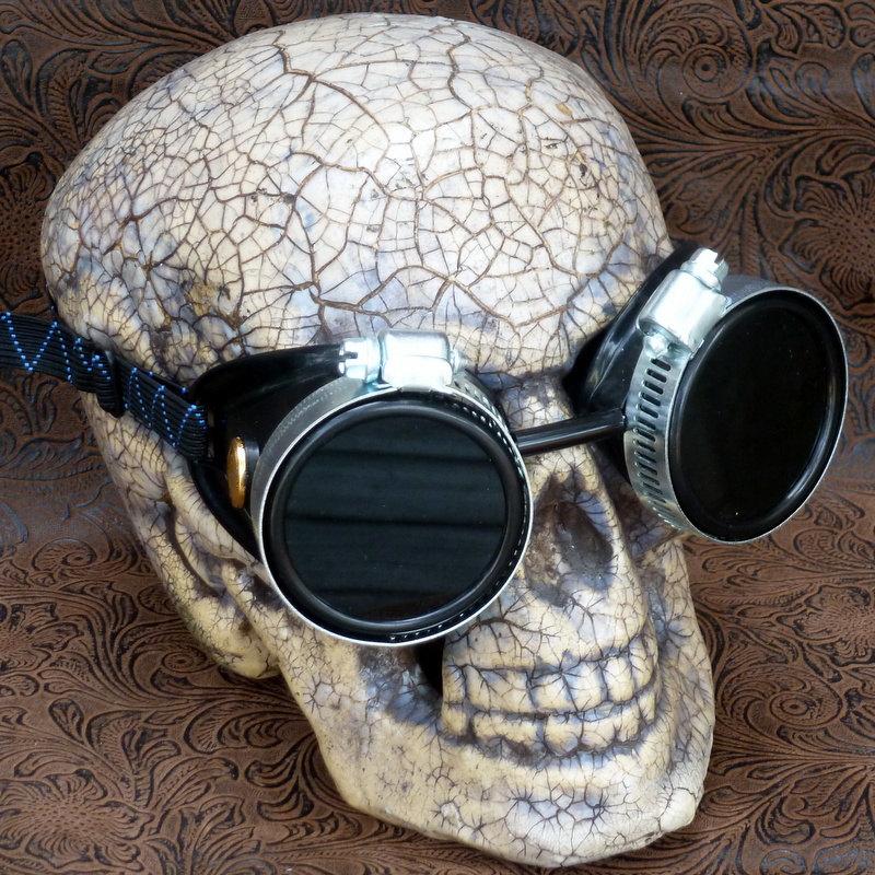 Black Goggles: Black Lenses w/ Anchor Golden Ornaments