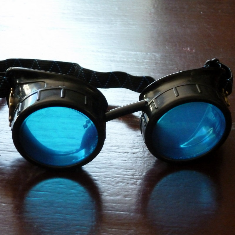 Black Goggles: Blue Lenses w/ Brass Ship's Wheel