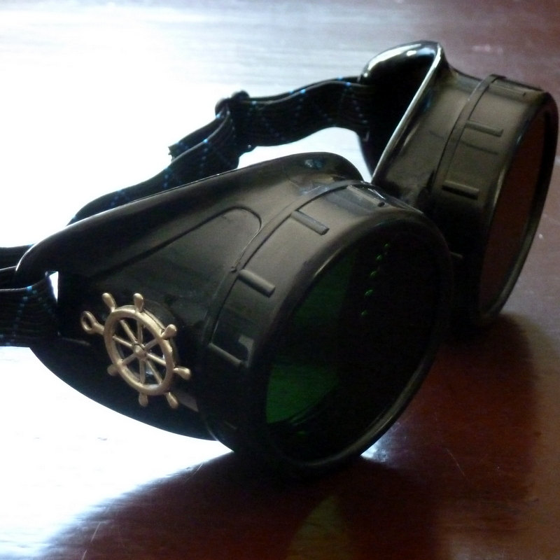 Black Goggles: Dark Lenses w/ Brass Ship's Wheel