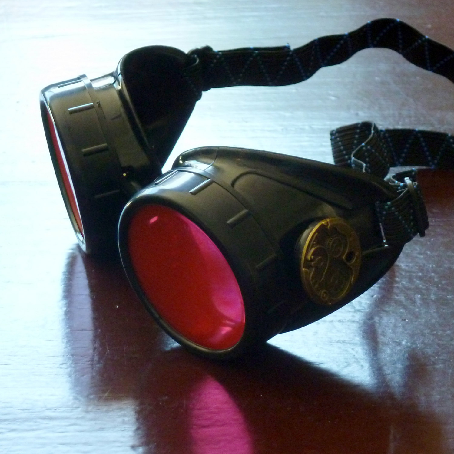 Black Goggles: Red Lenses w/ Brass Watch Movement