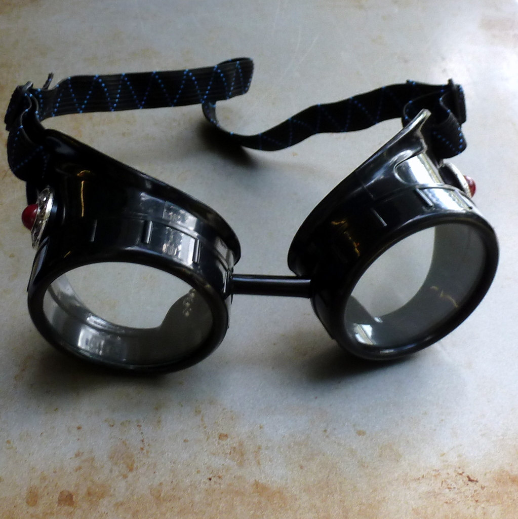 Black Goggles: Clear Lenses & Red Marbled Side Pieces
