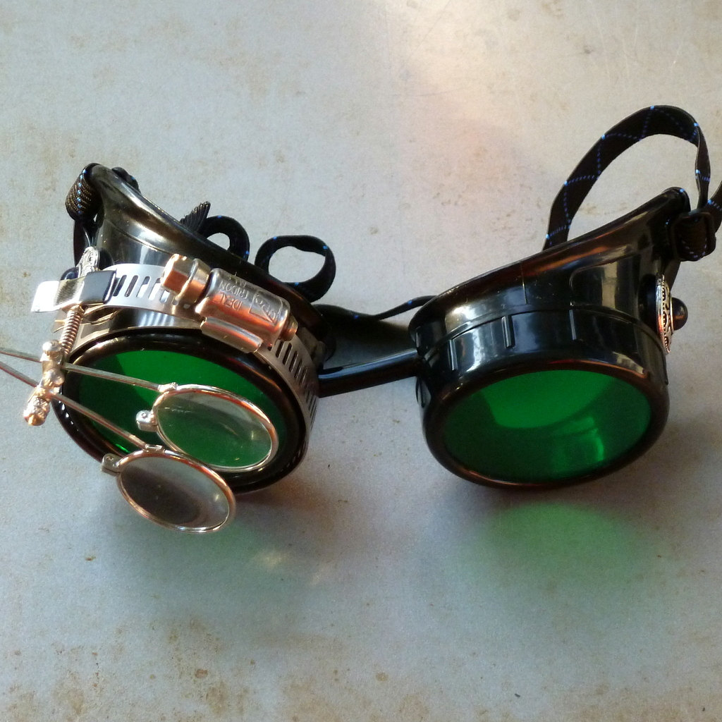 Black Goggles: Green Lenses w/ Eye Loupe & Black Turquoise Side Pieces