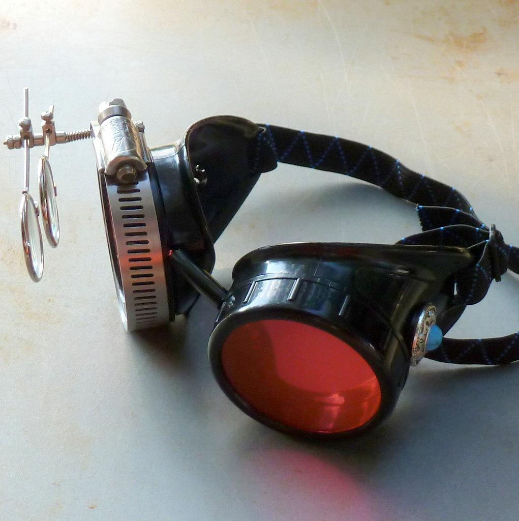 Black Goggles: Orange Lenses w/ Eye Loupe & Blue Turquoise Side Pieces