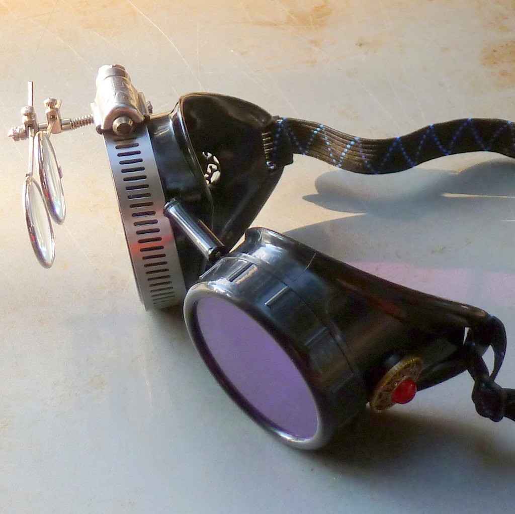Black Goggles: Purple Lenses w/ Eye Loupe & Red Turquoise Side Pieces