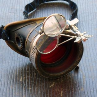 Brass & Black Monocle : Red Lenses w/ Eye Loupe