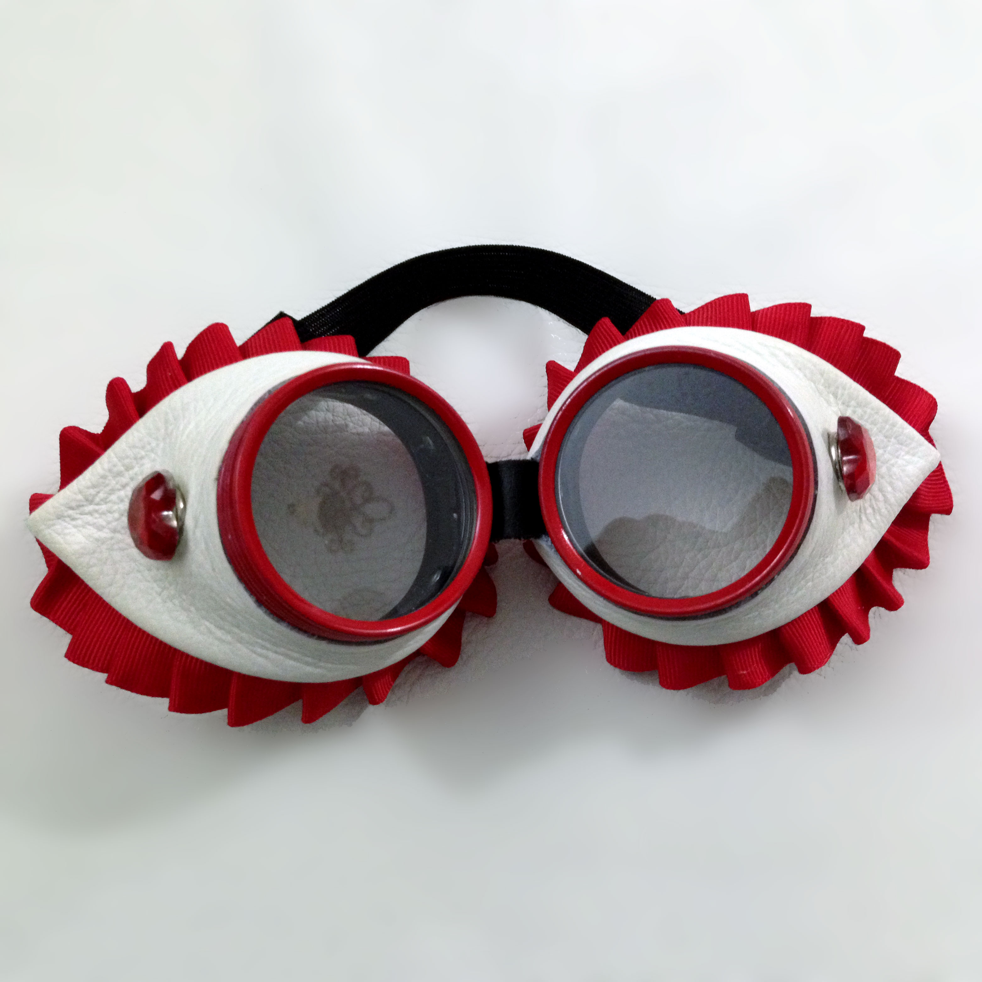 Queen of Hearts Goggles Front