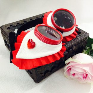 Queen of Hearts Goggles