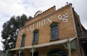 saloon-207396_1280